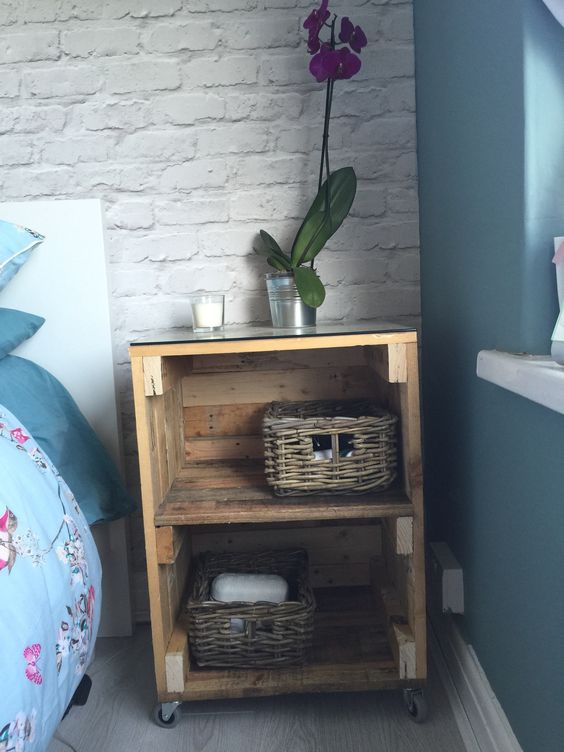 Bedside Table Projects 63 - DIY up-cycling project: How to make your own bedside tables
