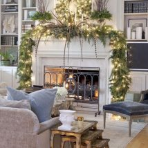 Christmas Fireplaces Decor 14 214x214 - Fireplace Mantel Décor Styles for the Christmas Season