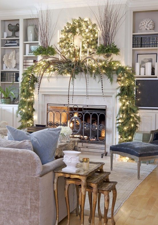 Christmas Fireplaces Decor 14 - Fireplace Mantel Décor Styles For The Christmas Season