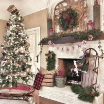 Christmas Fireplaces Decor 19 214x214 - Fireplace Mantel Décor Styles for the Christmas Season