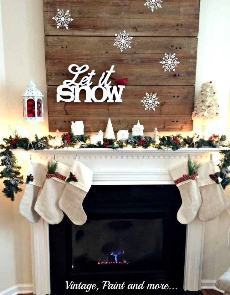 Christmas Fireplaces Decor 23 - Fireplace Mantel Décor Styles For The Christmas Season