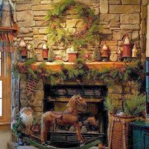 Christmas Fireplaces Decor 25 214x214 - Fireplace Mantel Décor Styles for the Christmas Season