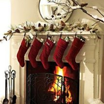 Christmas Fireplaces Decor 28 214x214 - Fireplace Mantel Décor Styles for the Christmas Season