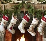 Christmas Fireplaces Decor 29 - Fireplace Mantel Décor Styles for the Christmas Season