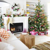 Christmas Fireplaces Decor 35 214x214 - Fireplace Mantel Décor Styles for the Christmas Season