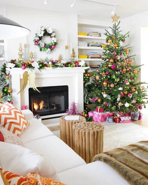 Christmas Fireplaces Decor 35 - Fireplace Mantel Décor Styles For The Christmas Season