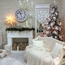 Christmas Fireplaces Decor 39 214x214 - Fireplace Mantel Décor Styles for the Christmas Season