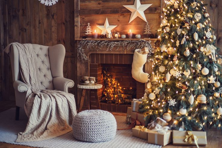 Christmas Fireplaces Decor 40 - Fireplace Mantel Décor Styles For The Christmas Season