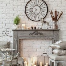 Christmas Fireplaces Decor 46 214x214 - Fireplace Mantel Décor Styles for the Christmas Season