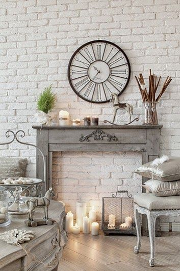 Christmas Fireplaces Decor 46 - Fireplace Mantel Décor Styles For The Christmas Season