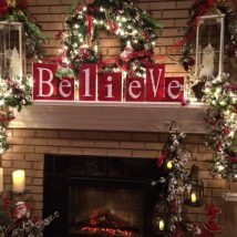 Christmas Fireplaces Decor 5 214x214 - Fireplace Mantel Décor Styles for the Christmas Season