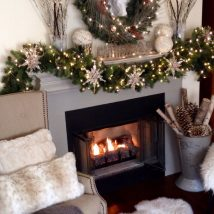 Christmas Fireplaces Decor 51 214x214 - Fireplace Mantel Décor Styles for the Christmas Season