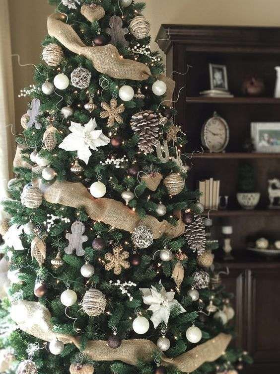 Christmas Tree Projects 20 - Amazing Christmas Tree Projects