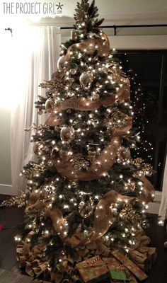 Christmas Tree Projects 21 - Amazing Christmas Tree Projects