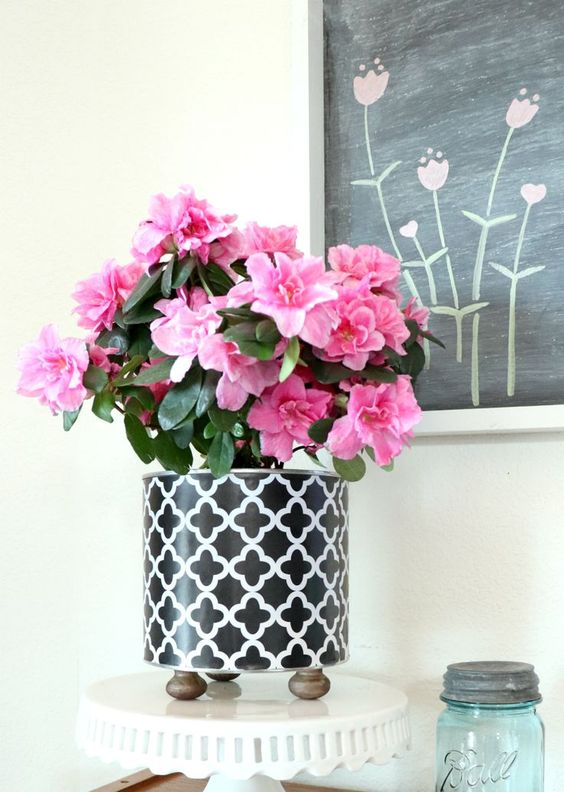 Decoupage Tin Can Planters 22 - Amazing Ideas To Decoupage Tin Can Planters