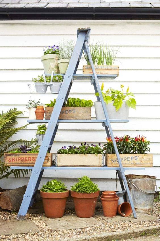Diy Backyard Organizers 23 - More Than 40 DIY Ways To Organize Your Backyard