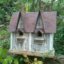 Diy Bird Houses 11 214x214 - 45+ Charming DIY Bird House Ideas For Your Backyard