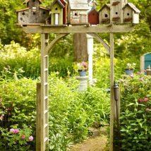Diy Bird Houses 20 214x214 - 45+ Charming DIY Bird House Ideas For Your Backyard