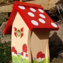 Diy Bird Houses 21 214x214 - 45+ Charming DIY Bird House Ideas For Your Backyard