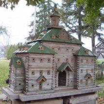 Diy Bird Houses 41 214x214 - 45+ Charming DIY Bird House Ideas For Your Backyard