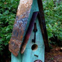 Diy Bird Houses 46 214x214 - 45+ Charming DIY Bird House Ideas For Your Backyard
