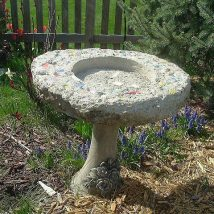 Diy Birdbath Projects 10 214x214 - 40+ DIY Bird bath Projects Ideas