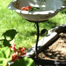 Diy Birdbath Projects 38 214x214 - 40+ DIY Bird bath Projects Ideas