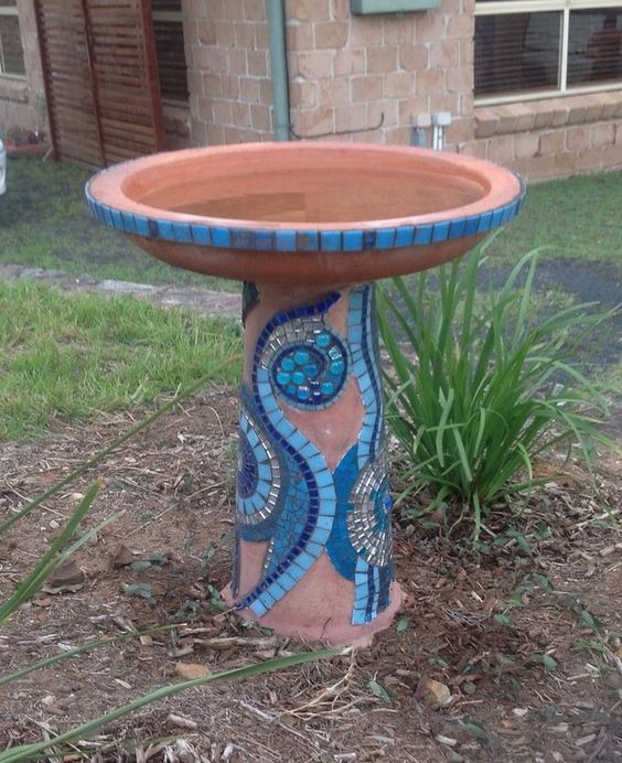 Diy Birdbath Projects 44 - 40+ DIY Bird Bath Projects Ideas
