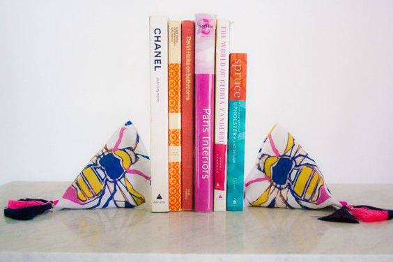 Diy Bookend Ideas 32 - 35+ Cool DIY Bookend Ideas