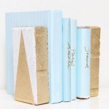 Diy Bookend Ideas 46 214x214 - 35+ Cool DIY Bookend Ideas