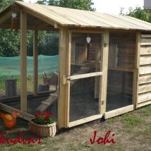 Diy Chicken Coops 10 214x214 - Coolest DIY Chicken Coop Ideas for Your Birds