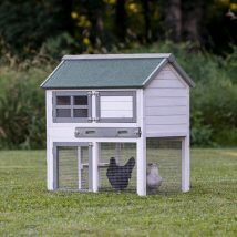 Diy Chicken Coops 17 214x214 - Coolest DIY Chicken Coop Ideas for Your Birds