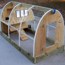 Diy Chicken Coops 27 214x214 - Coolest DIY Chicken Coop Ideas for Your Birds