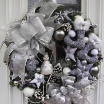 Diy Christmas Wreaths 22 214x214 - 39+ Of The Best DIY Christmas Wreath Ideas