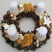 Diy Christmas Wreaths 24 214x214 - 39+ Of The Best DIY Christmas Wreath Ideas