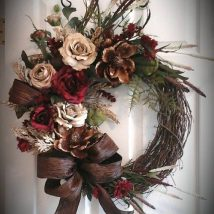 Diy Christmas Wreaths 28 214x214 - 39+ Of The Best DIY Christmas Wreath Ideas
