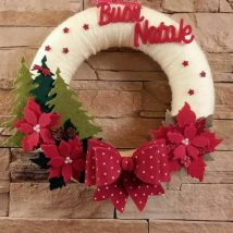 Diy Christmas Wreaths 30 214x214 - 39+ Of The Best DIY Christmas Wreath Ideas