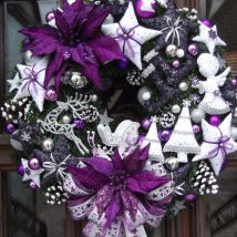 Diy Christmas Wreaths 34 214x214 - 39+ Of The Best DIY Christmas Wreath Ideas