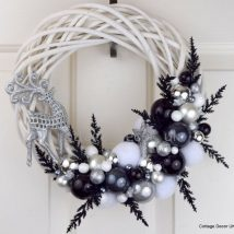 Diy Christmas Wreaths 45 214x214 - 39+ Of The Best DIY Christmas Wreath Ideas