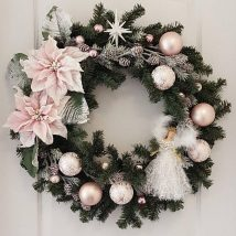 Diy Christmas Wreaths 46 214x214 - 39+ Of The Best DIY Christmas Wreath Ideas