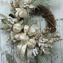 Diy Christmas Wreaths 6 214x214 - 39+ Of The Best DIY Christmas Wreath Ideas
