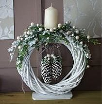 Diy Christmas Wreaths 9 210x214 - 39+ Of The Best DIY Christmas Wreath Ideas