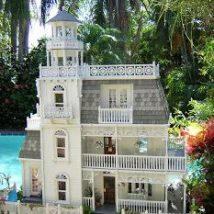 Diy Doll Houses 12 214x214 - 35+ DIY Miniature Doll Houses
