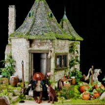 Diy Doll Houses 33 214x214 - 35+ DIY Miniature Doll Houses