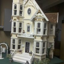 Diy Doll Houses 49 214x214 - 35+ DIY Miniature Doll Houses