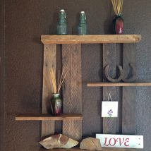 Diy Farmhouse Shelves 15 214x214 - Spectacular DIY Farmhouse Shelves