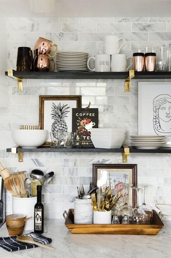 Diy Farmhouse Shelves 34 - Spectacular DIY Farmhouse Shelves