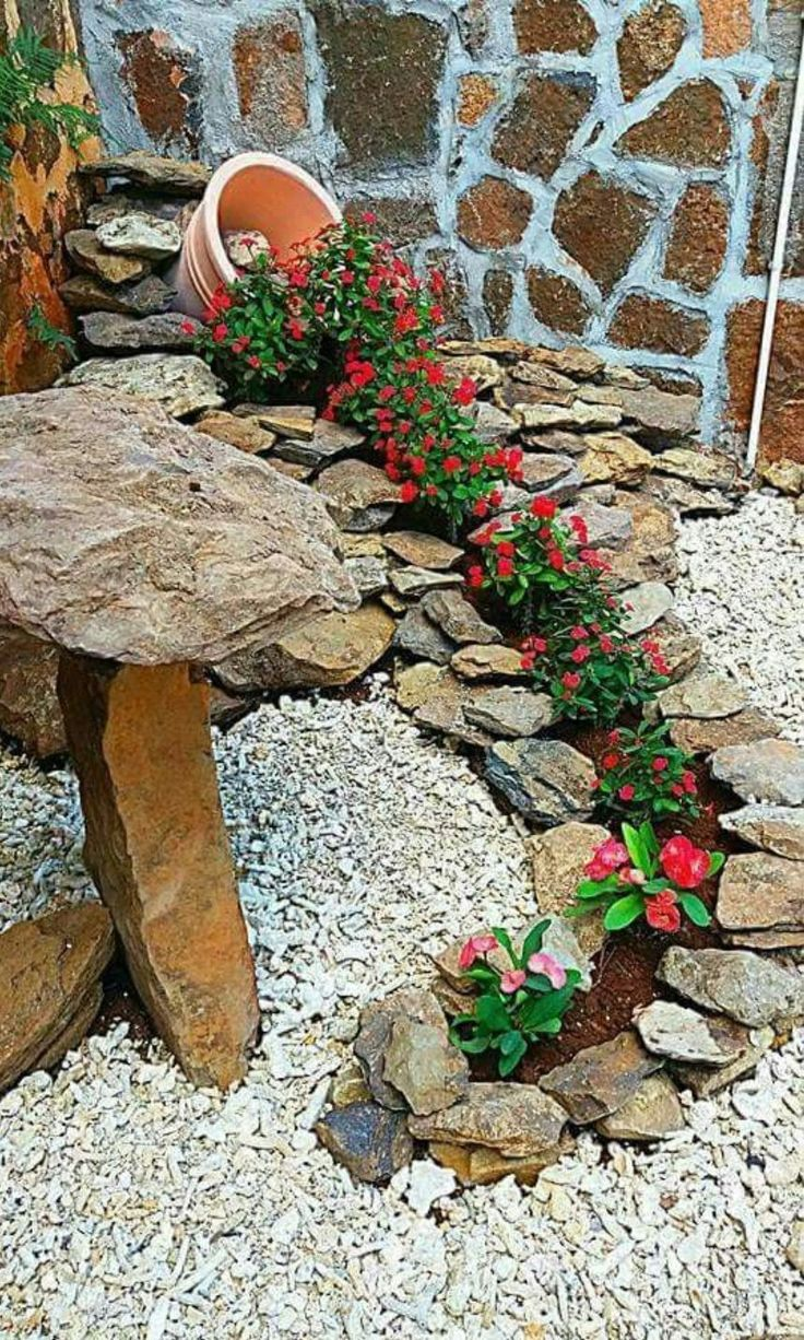 Diy Flower Gardens 1 - Unexpected DIY Flower Gardening Ideas And Planter Projects