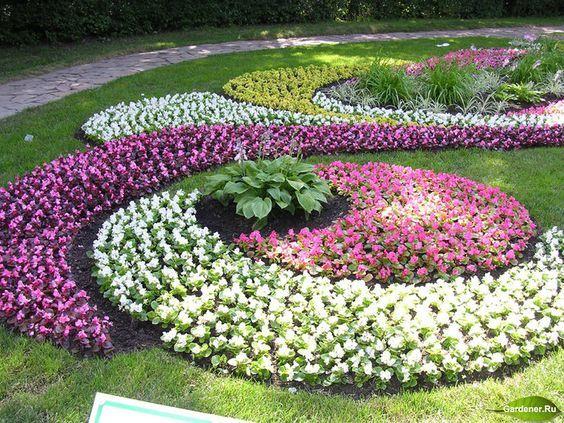 Diy Flower Gardens 2 - Unexpected DIY Flower Gardening Ideas And Planter Projects
