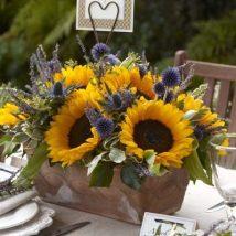 Diy Flower Vases 38 214x214 - 40+ DIY Flower Vases As Pretty As The Flowers Themselves